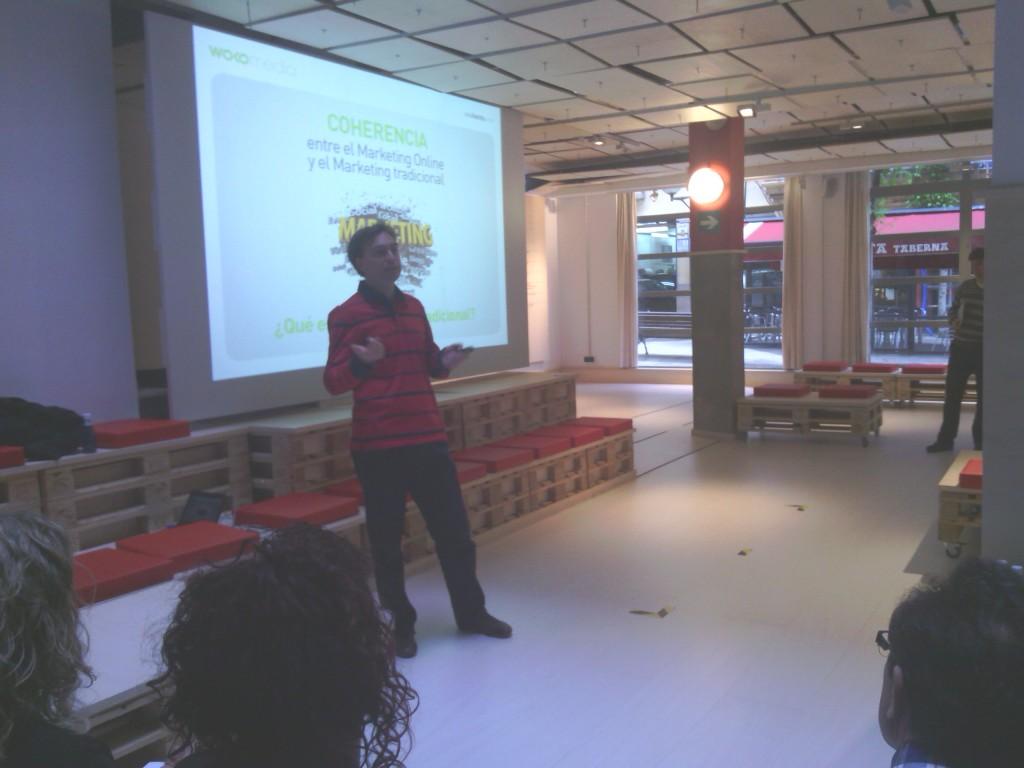 Wokomedia organizo una charla sobre Marketing y Seo impartida por Unai Benito